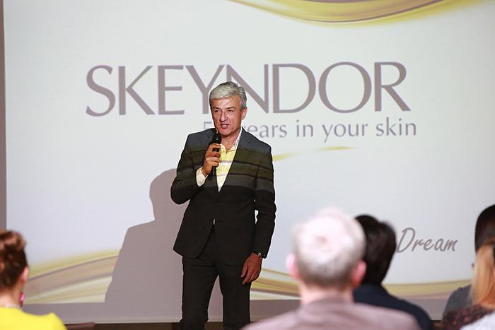 skeyndor-50-lecie-nova-group-10